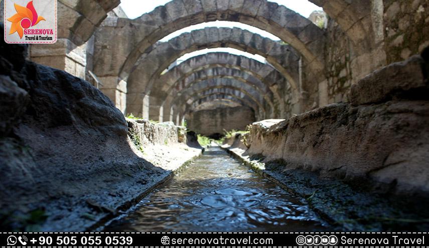 متحف بقايا اغورا ازمير